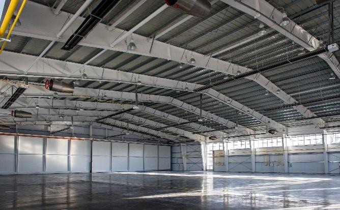 Авиаангар в аэропорту «Бугульма»